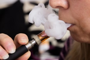 Dampfentwicklung bei E-Zigarette