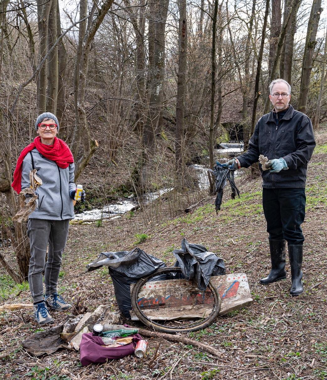 Foto Müllsammeln mt Frau Koch